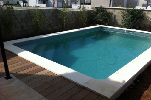 Bora bora piscine for Coque piscine 3x3