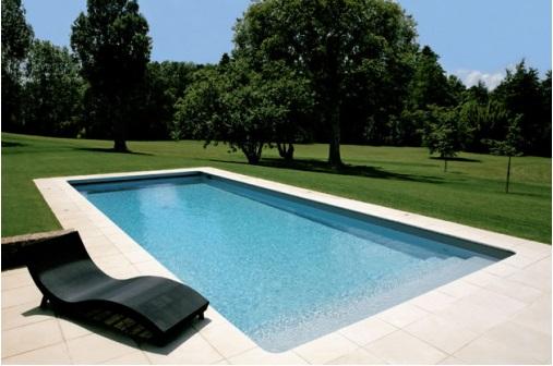 Gonatouki piscine for Bassin piscine polyester