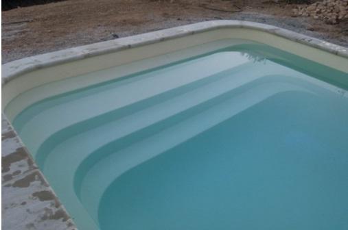 piscine-coque-emeraude