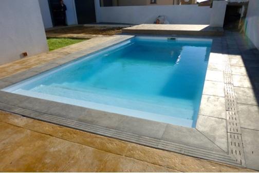 piscine-coque-ines