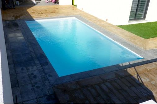Ines piscine for Piscine coque filtration integree